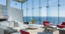 sala-com-fachada-de-vidro-spider-glass-casa-em-carmel-california